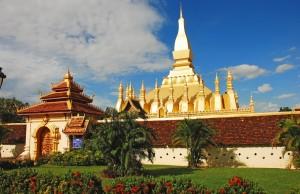 Pha That Luang, Laos, tourists, Buddhist