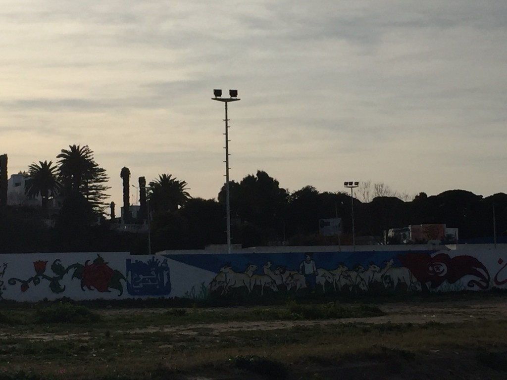 heroes build graffiti