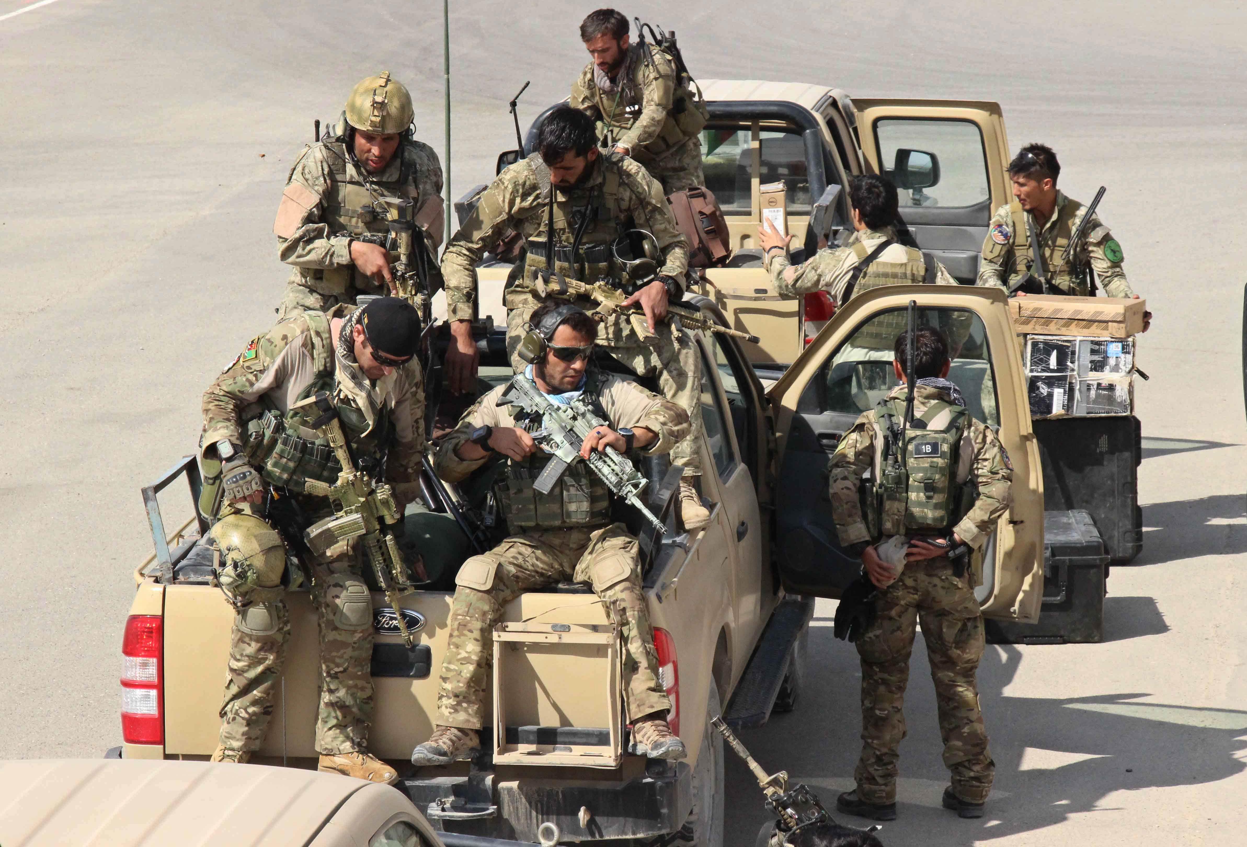 Afghan security forces in Kunduz